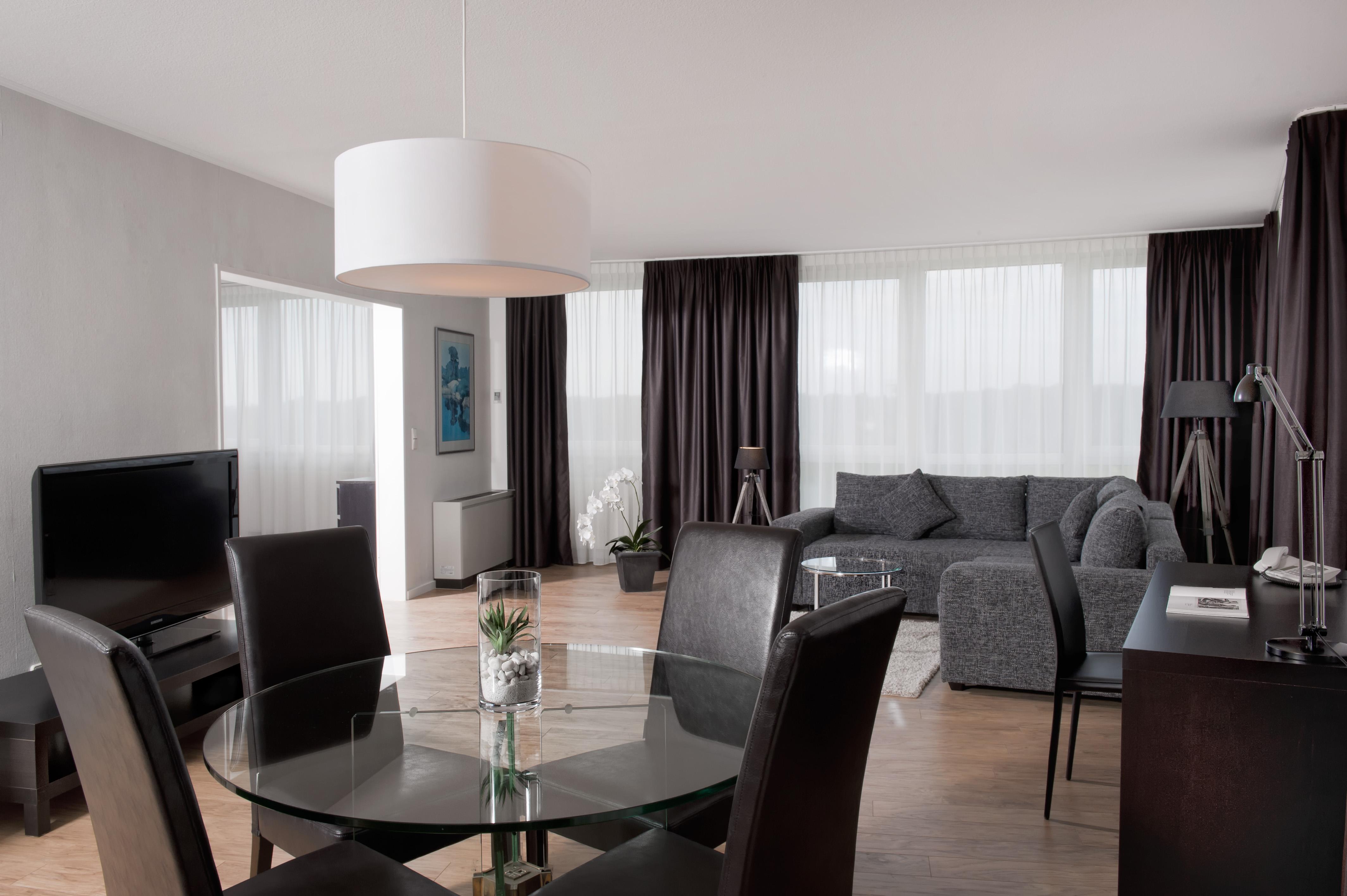 Hotel hannover wyndham hotel hannover atrium for Hannover design hotel